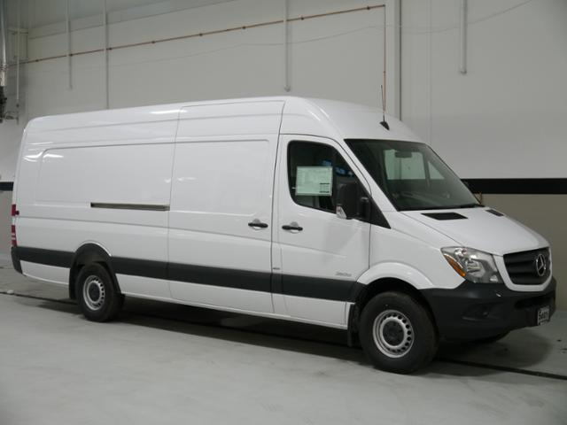 New 2016 mercedes benz sprinter 2500 cargo van in for 2016 mercedes benz sprinter extended cargo van